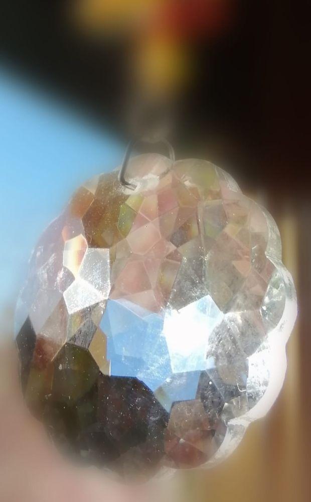 Boule de cristal facettes de vie